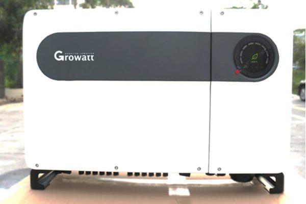 Đập hộp Growatt MAX 80kw