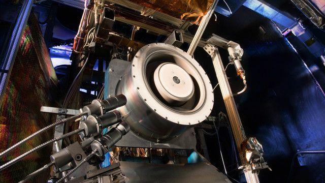 Nhiệm vụ Asteroid Redirect Mission sẽ sử dụng năng lượng mặt trời kiểu mới, hiệu quả hơn và bền hơn. Ảnh: Nasa