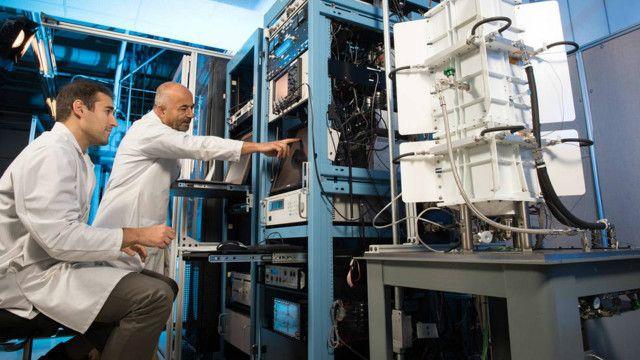Máy phát điện Đồng vị phóng xạ Nhiệt điện cải tiến (ASRG) có thể là giải pháp cho các nhiệm vụ trong không gian kéo dài trong tương lai. Ảnh: Nasa
