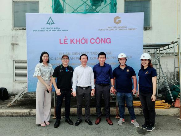 Ban lãnh đạo công ty Alena trong lễ khởi công dự án điện mặt trời mới ở Long An