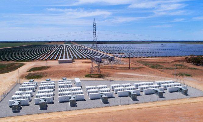 Thúc đẩy phát triển hệ thống lưu trữ năng lượng tích hợp điện mặt trời